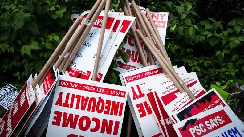 Dramatic drop in NYC union membership