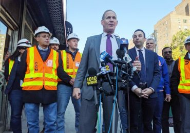 Trump administration delays NYC's congestion pricing plan by a year, says MTA construction chief